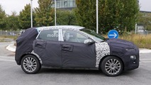2018 Hyundai subcompact crossover spy photo