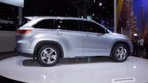 2014 Toyota Highlander officially unveiled in New York [video]