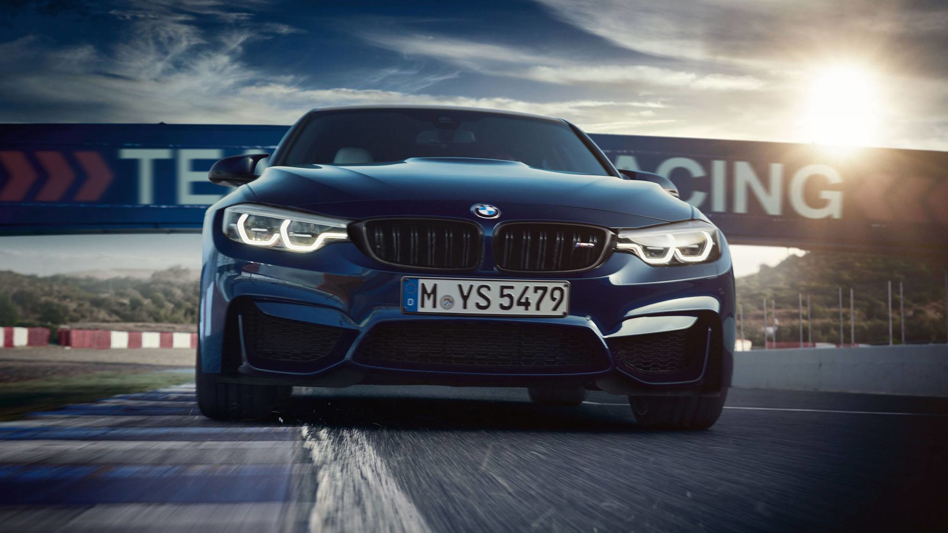 2018 bmw m3 revealed with discreet facelift. Black Bedroom Furniture Sets. Home Design Ideas