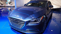 2015 Hyundai Genesis live at 2014 NAIAS