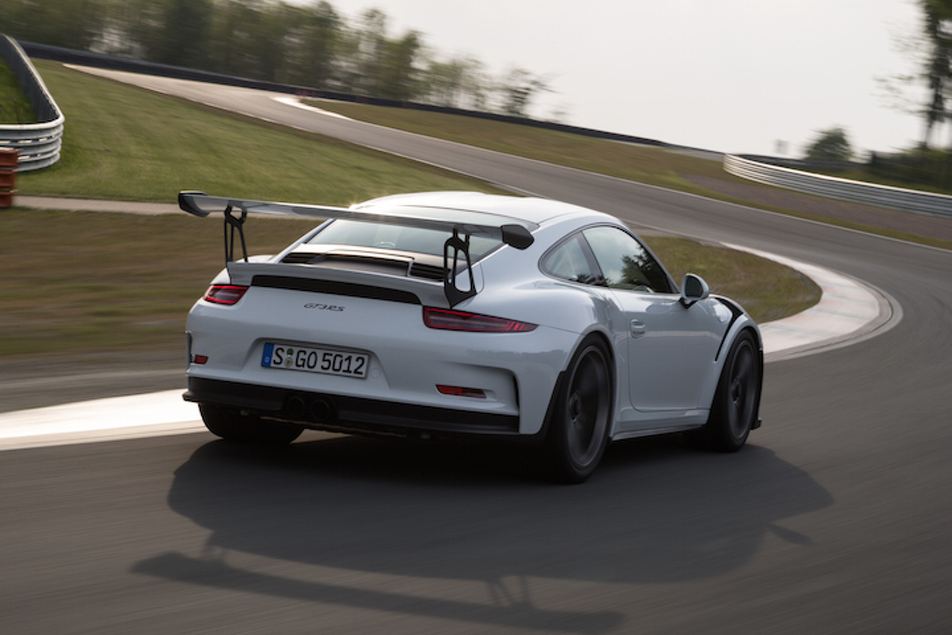 Purists Rejoice: Next-Gen Porsche 911 GT3 to Feature Manual Gearbox
