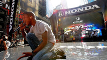 Honda presents the first ever 3D Times Square event for CR-Z launch 24.09.2010