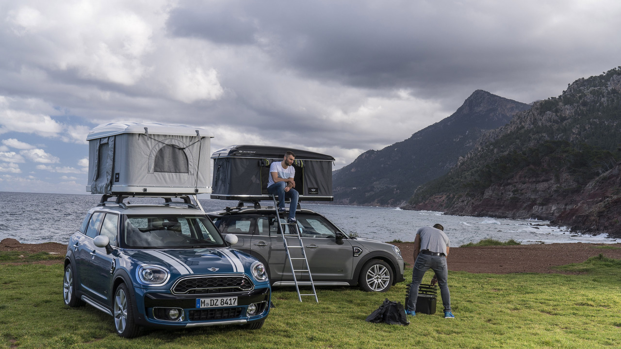 All Cotton Mattress Sleep On Top Of Your Mini Countryman With This Roof Tent