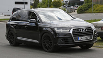 Audi SQ7 spy photo