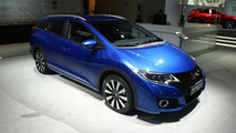 Honda Civic hatchback and wagon facelifts debut in Paris