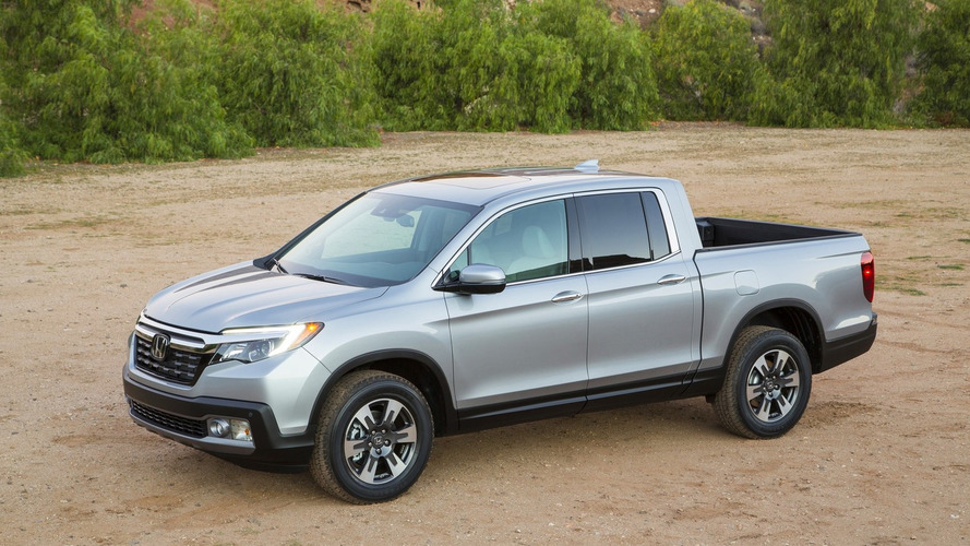 2017 Honda Ridgeline fuel economy tops all gas midsize pickups