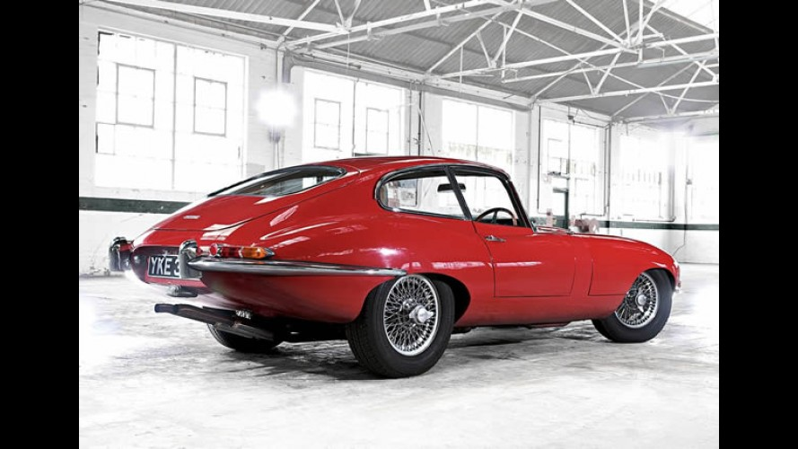Jaguar comemora os 50 anos do E-Type