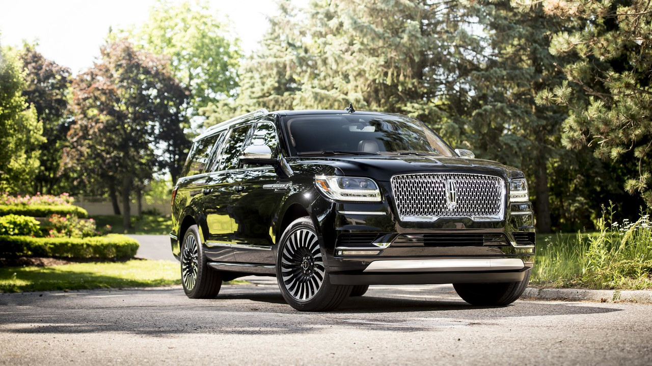 Most expensive 2018 lincoln navigator costs 104 595 for Motor vehicle crashes cost american