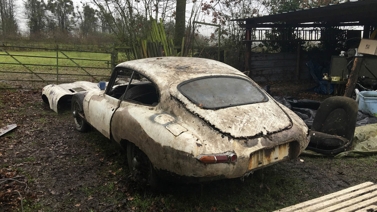 Jaguar E Type barn find