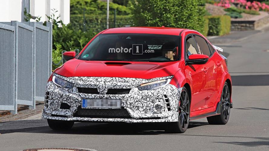 Honda Civic Type R Facelift Spied – But What Is It Hiding? [UPDATE]