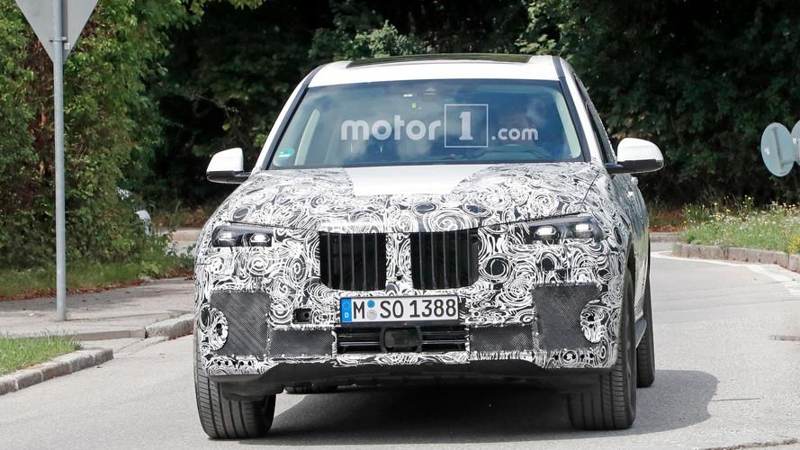 BMW X7 Production Light Spy Photos