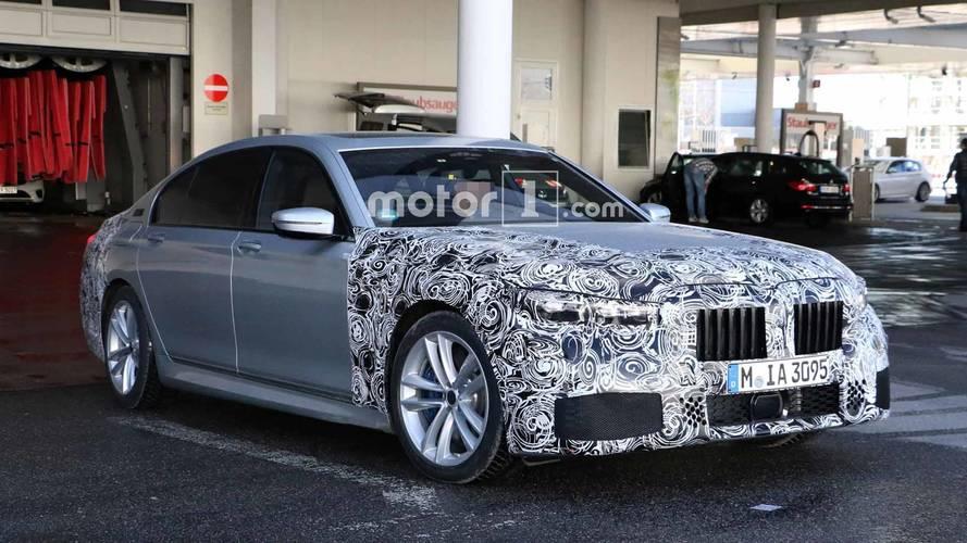 La BMW Série 7 restylée se montre à nouveau