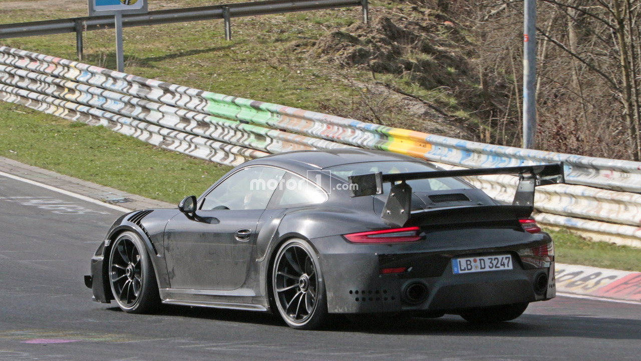 2018 porsche 911 gt2 wings it at the nurburgring 20 spy. Black Bedroom Furniture Sets. Home Design Ideas