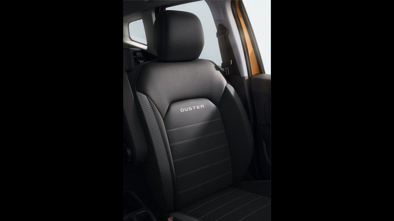 dacia duster spy shots autos post. Black Bedroom Furniture Sets. Home Design Ideas