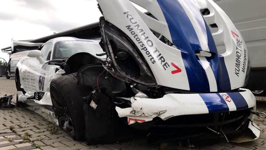 Dodge Viper ACR Sets 7:01.3 Nürburgring Lap Just Before Crashing