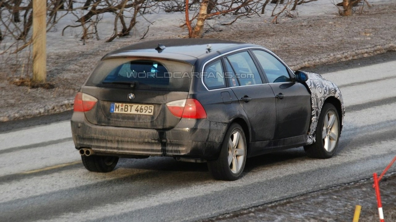 BMW 3-Series Touring hybrid prototype