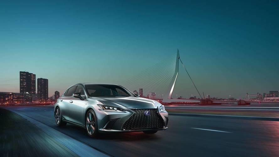 Nuova Lexus ES