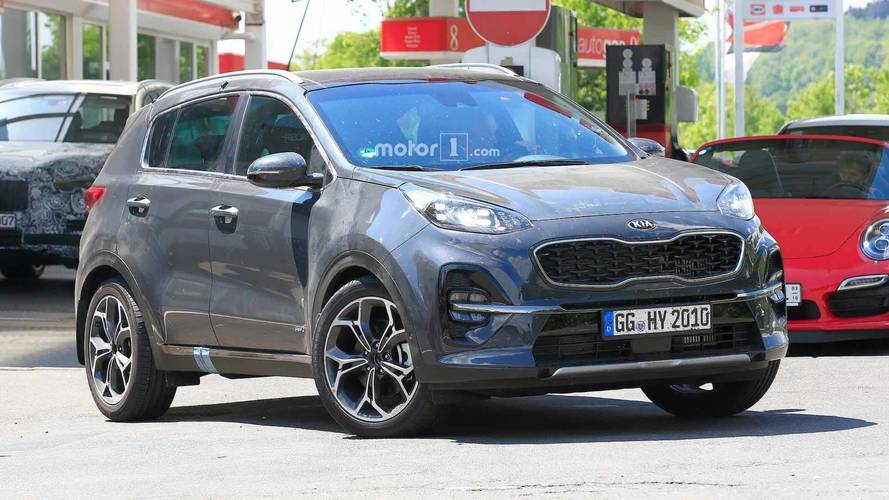 Refreshed Kia Sportage Spied Without Any Camouflage