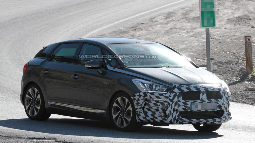 2015 Citroen DS5 facelift spied for the first time