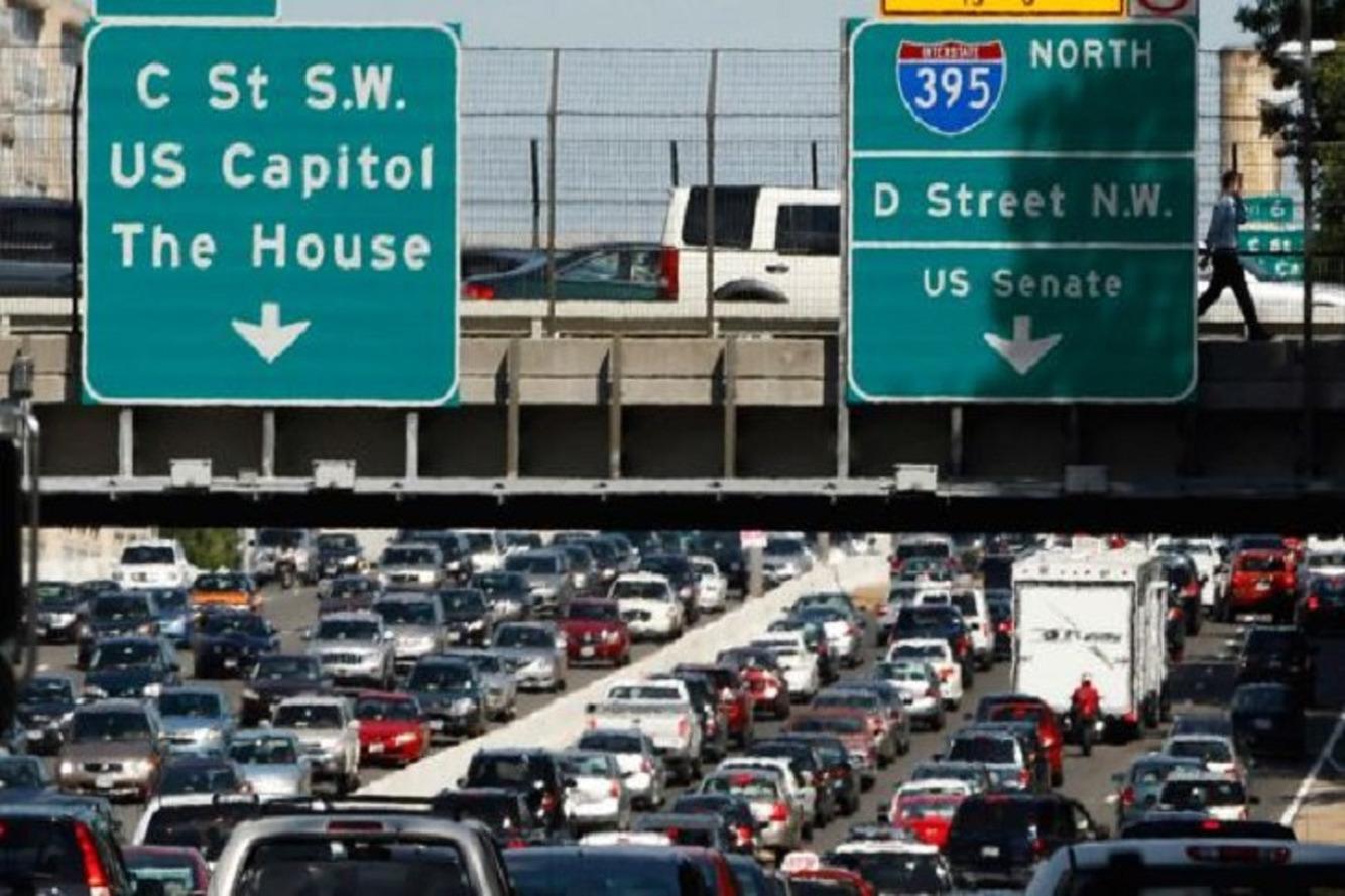 America's 50 Worst Traffic Bottlenecks to Slow Your Holiday Travel