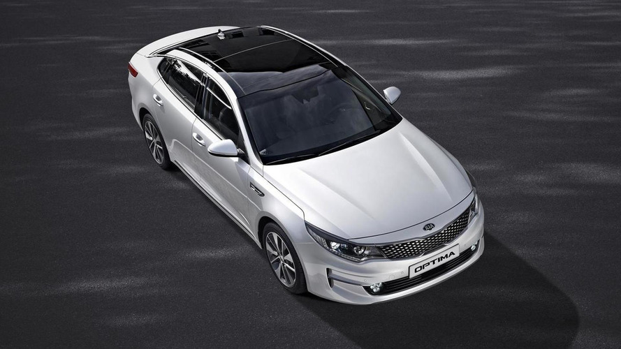 2016 Kia Optima leaks out in European specification