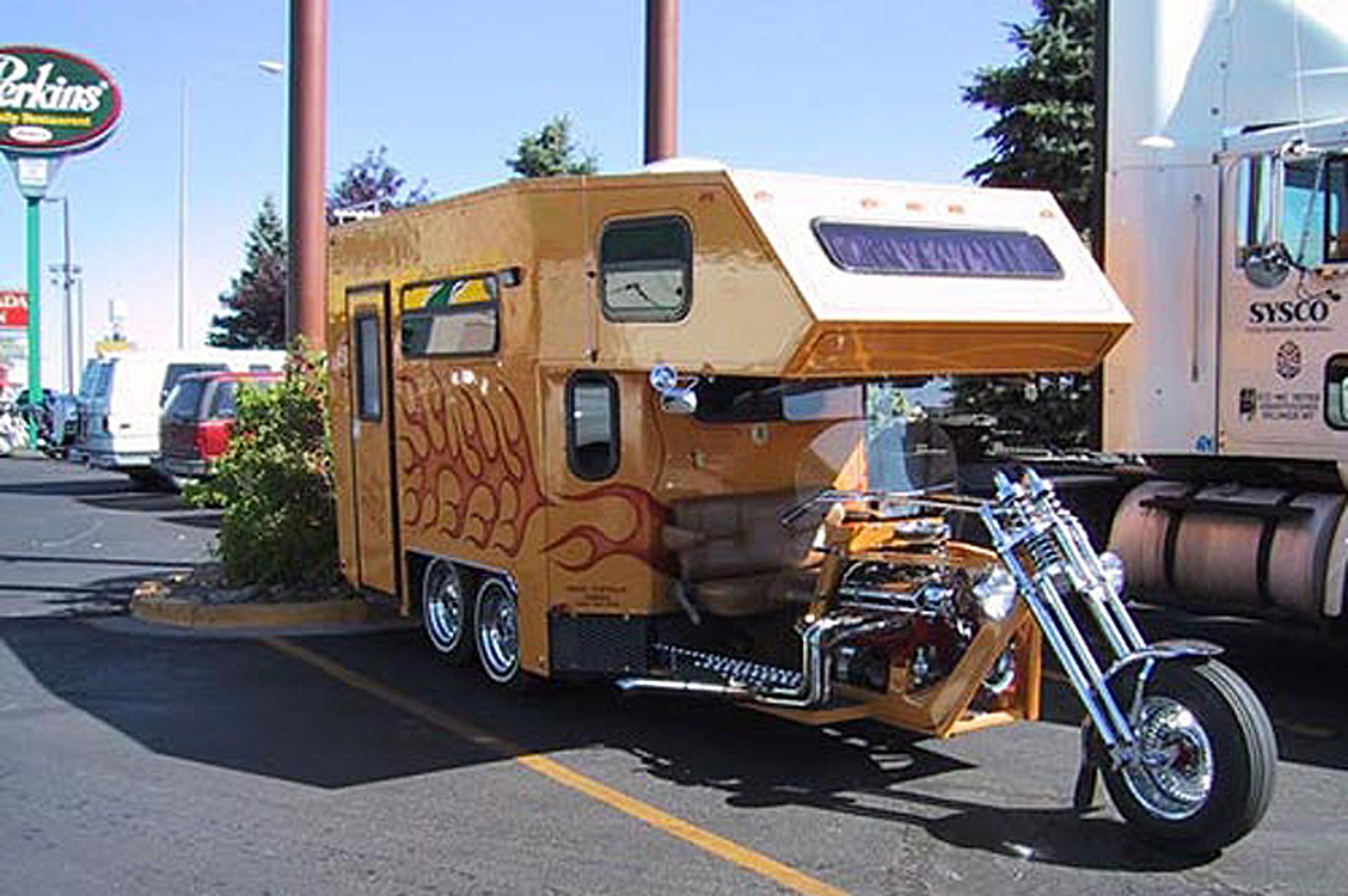 6-weirdest-trucks-from-around-the-world.