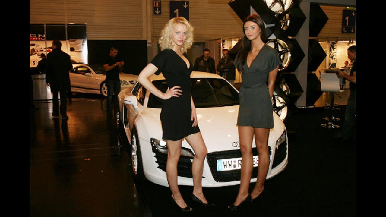 Schauen Sie mal, wie tief unser Audi liegt!