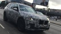 2019 BMW X7 spied by Motor1.com reader
