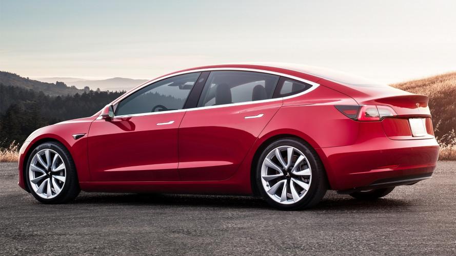 Elon Musk: hamarosan napi 500 Model 3 gyártására is képesek leszünk