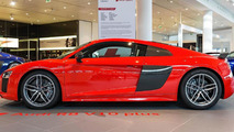 2003 Audi Le Mans quattro concept and 2015 Audi R8 V10 Plus