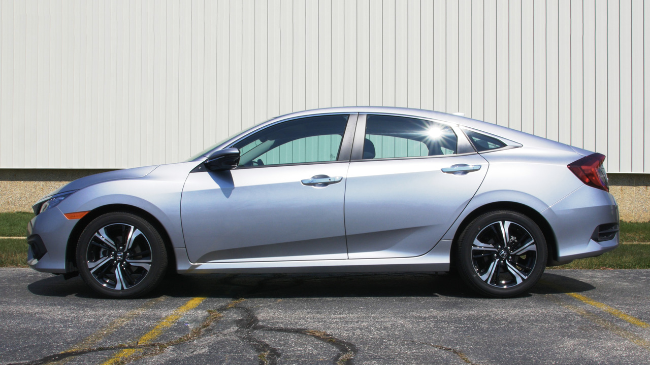 2016 Honda Civic Touring | Why Buy? Headliner