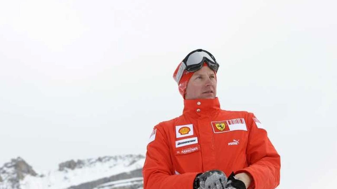 Kimi Räikkönen nähdään pian ajamassa Lapin hangilla.