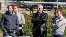 Gerhard Berger (AUT), David Coulthard (GBR), Dietrich Mateschitz (AUT), Owner of Red Bull (Red Bull Racing, Scuderia Toro Rosso) watch the ontrack action - Formula 1 Testing, 11.02.2009 Jerez, Spain