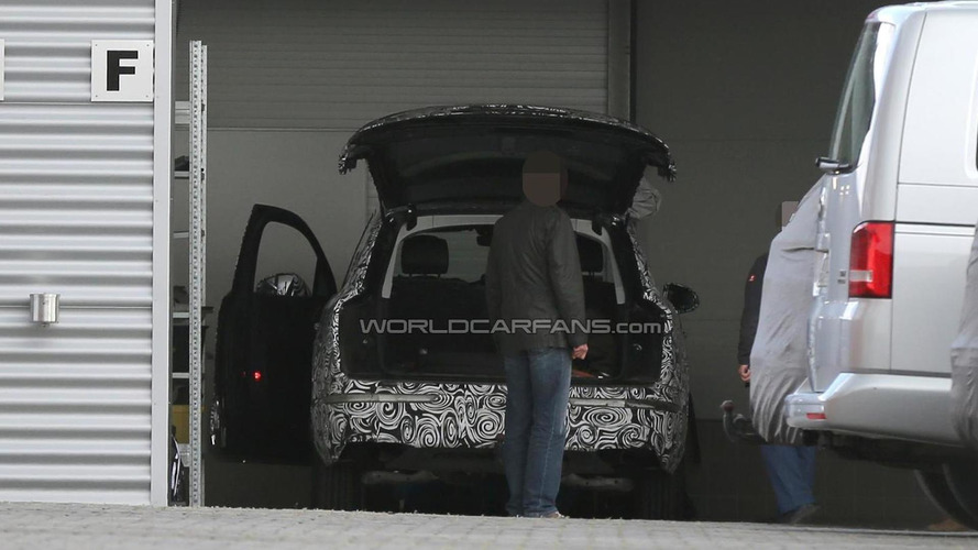 Next-gen Audi Q7 spied inside and out at the Nurburgring