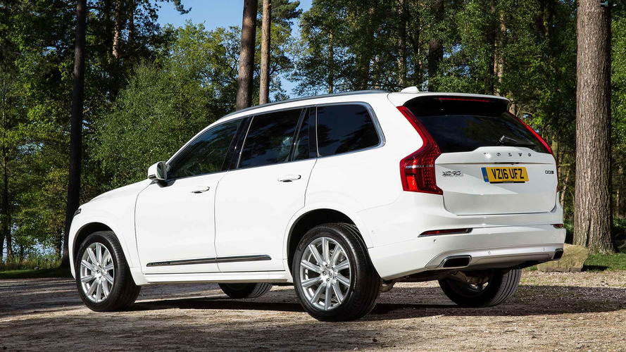 white hybrid volvo carsguide review car reviews vn