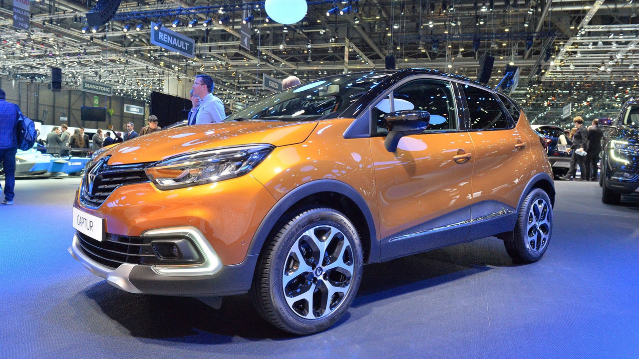 2017 renault captur facelift gets full led headlights glass roof. Black Bedroom Furniture Sets. Home Design Ideas