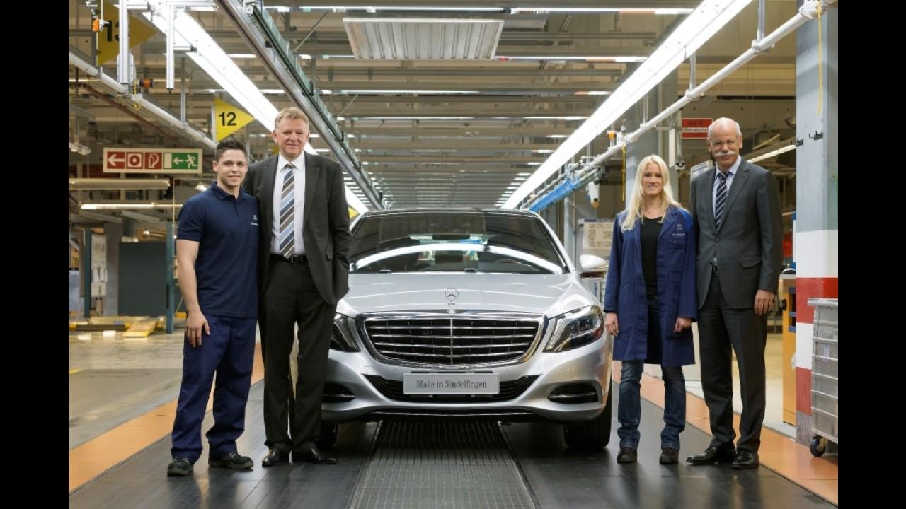 Mercedes inicia produção da nova geração do Classe S na Alemanha