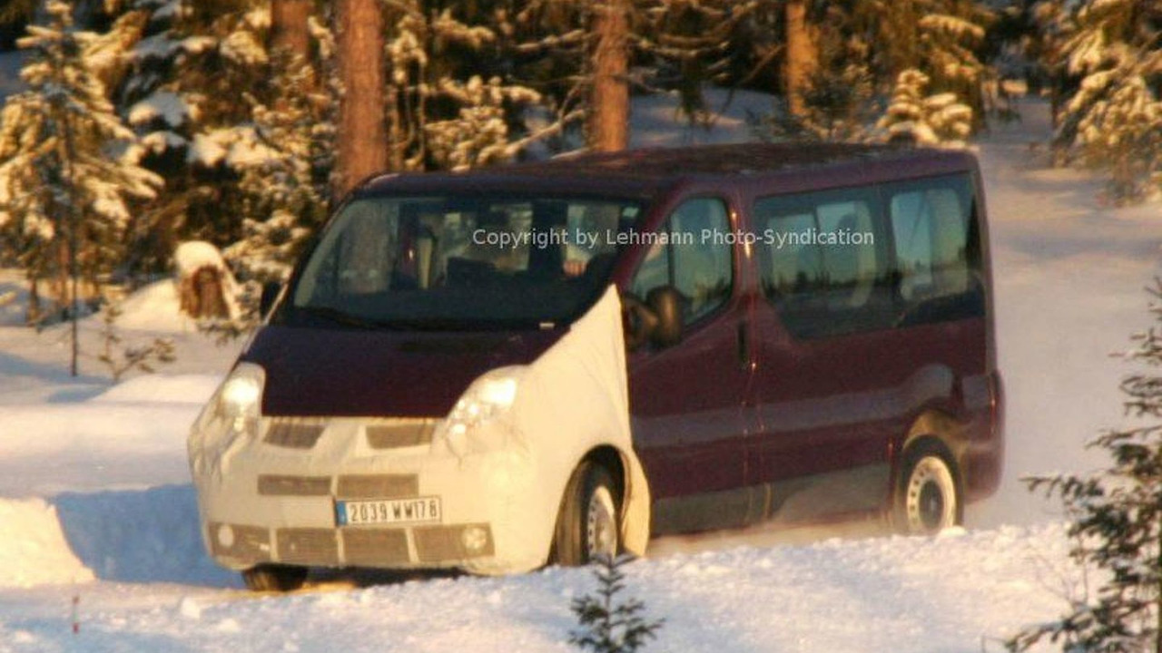Renault Trafic Facelift Spy Photos