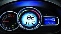 2013 Renault-Samsung SM3 - low res - 31.8.2012