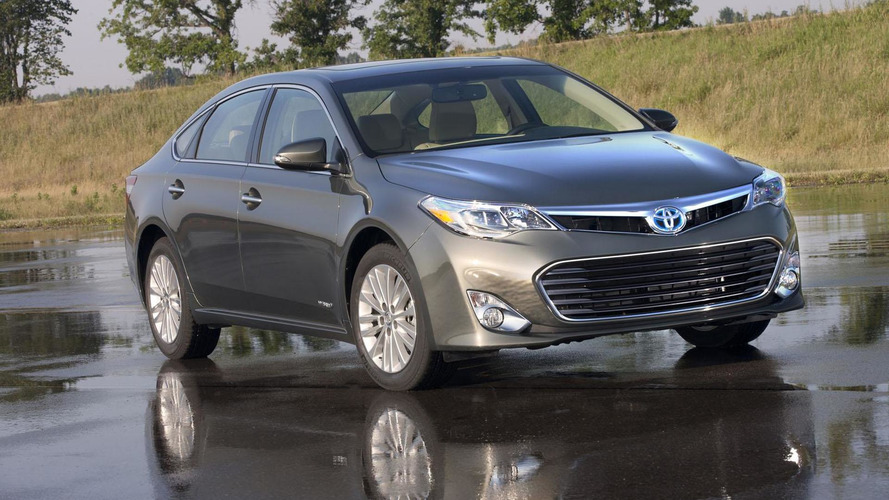 2013 Toyota Avalon gets 268hp V6 and hybrid engine