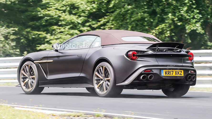 aston martin vanquish zagato volante une beaut se profile l 39 horizon. Black Bedroom Furniture Sets. Home Design Ideas