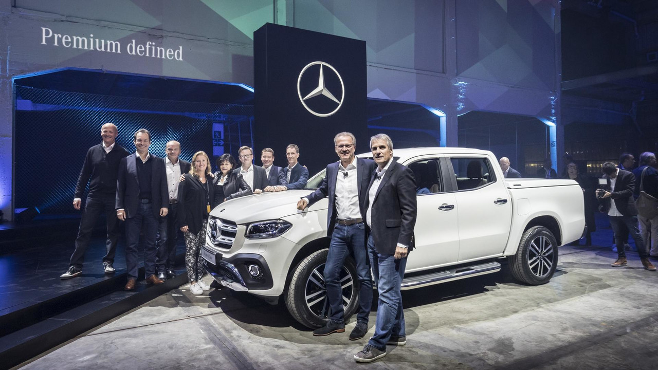 2018 mercedes x class pickup debuts with 190hp off road chops for Mercedes benz official site