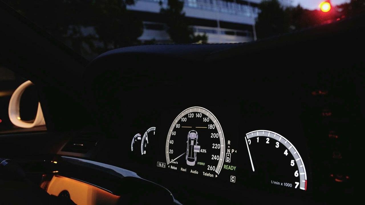 Mercedes S400 BlueHYBRID