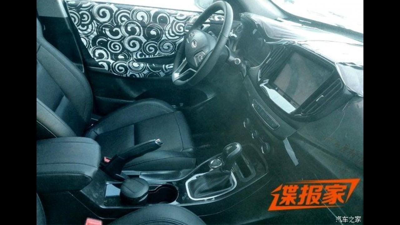 Flagra: este é o inédito SUV Chery Tiggo 7 que será lançado em outubro