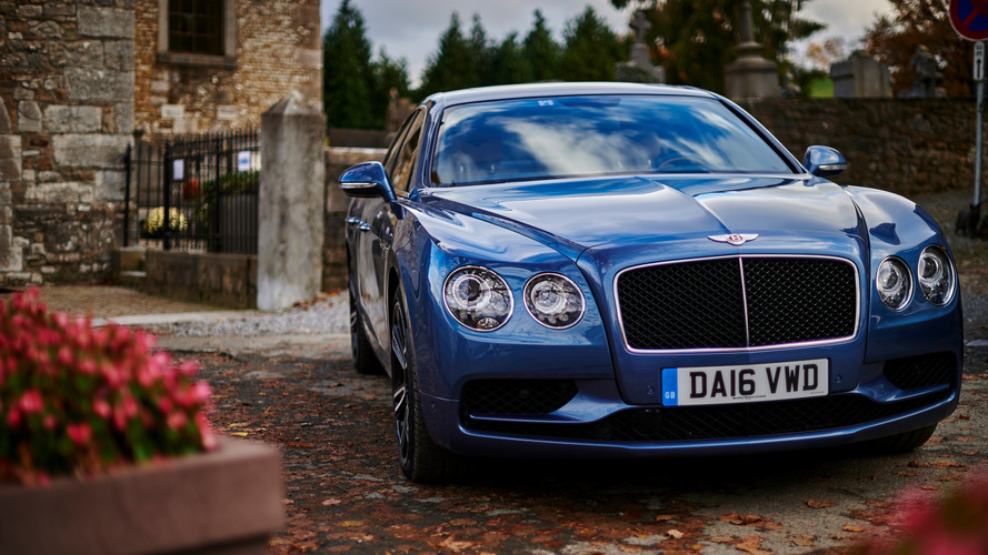 La Bentley Flying Spur d'Arthur immobilisée par la police