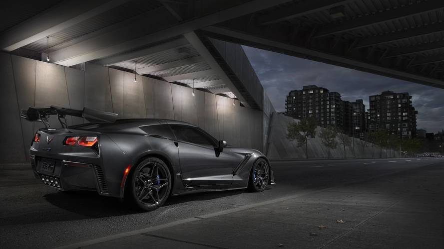 Chevy Corvette ZR1 Nürburgring'de 7 dakikanın altını hedefliyor