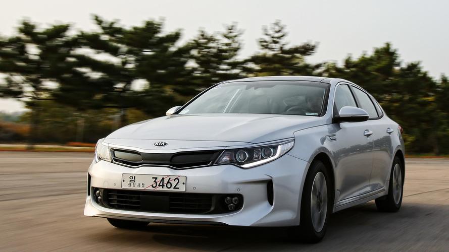 Kia Optima getting two hybrid versions next year