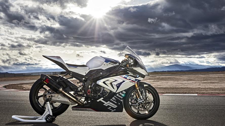 Salão Duas Rodas - BMW confirma lançamento da S1000 RR em versão de pista
