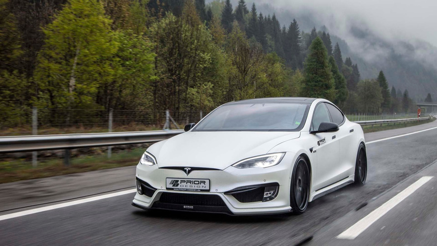 Tesla Model S'e agresif aerodinamik body kit