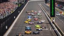 Start- James Hinchcliffe, Schmidt Peterson Motorsports Honda leads